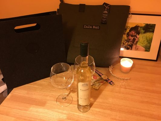 bags-and-wine-2016